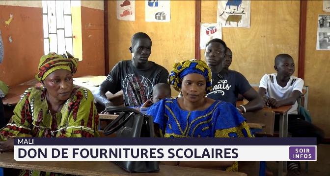 Mali: don de fournitures scolaires