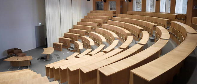 """Covid-19: La France écarte pour le moment une """"fermeture généralisée"""" des universités"""