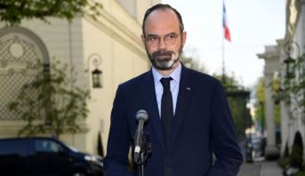 """Coronavirus en France: le Premier ministre s'alarme d'une vague épidémique """"extrêmement élevée"""""""