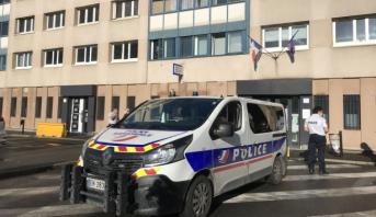 France: un commissariat de police attaqué au mortier d'artifice