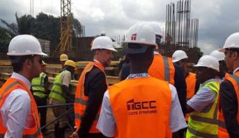 """Abidjan : Mohcine Jazouli visite le chantier de la mosquée """"Mohammed VI"""""""