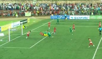 """""""الأسود"""" يفرضون كلمتهم في الشوط الأول أمام بوروندي"""