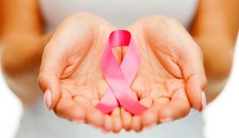 دراسة: الناجيات من سرطان الثدي قد يعانين من مشكلات نفسية لفترة طويلة