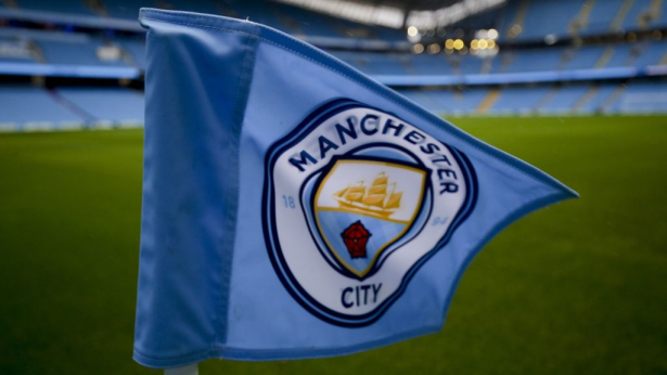 فيفا يغرم مانشستر سيتي بسبب انتهاك قوانين ضم اللاعبين