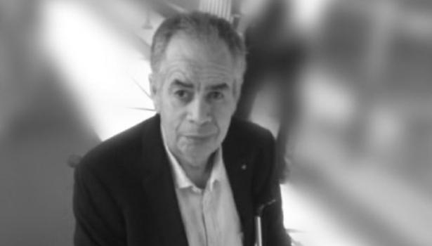 وفاة الصحافي محمد الأشهب بالرباط