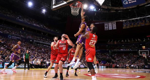 تأجيل موعد انطلاق الدوري الأسترالي لكرة السلة لأسباب مالية تتعلق بجائحة كورونا