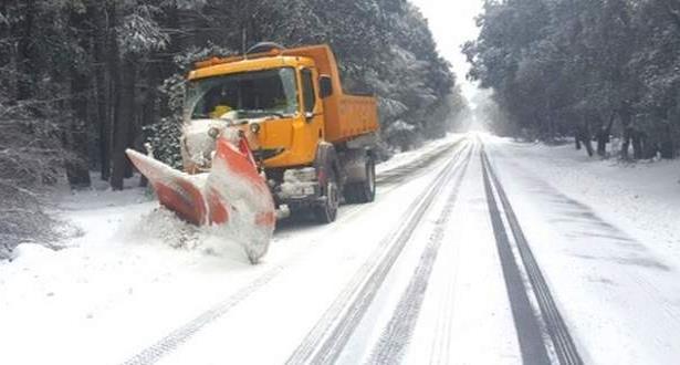 Alerte météo: chutes de neige et rafales de vent de niveau orange lundi et mardi dans plusieurs provinces du Maroc