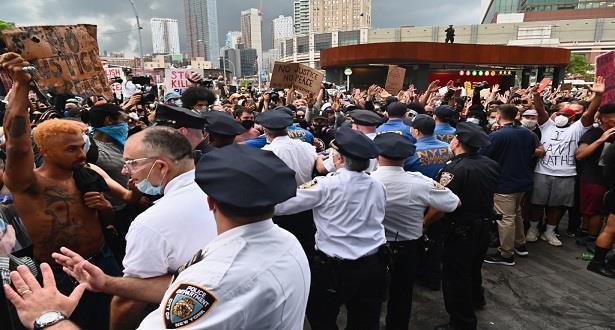 Les manifestations se poursuivent à New York malgré le couvre-feu
