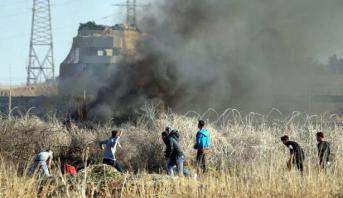 استشهاد فلسطيني برصاص الجيش الإسرائيلي في مواجهات بقطاع غزة