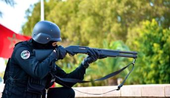 موظف شرطة يضطر لاستخدام سلاحه الوظيفي لتوقيف شخص هدد سلامة الأشخاص والممتلكات بالحسيمة