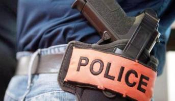 الرصاص لتوقيف شخص عرض حياة المواطنين وعناصر الشرطة للخطر