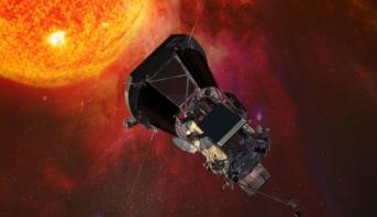 """""""ناسا"""" تطلق مسبارا في رحلة تقترب من الشمس"""