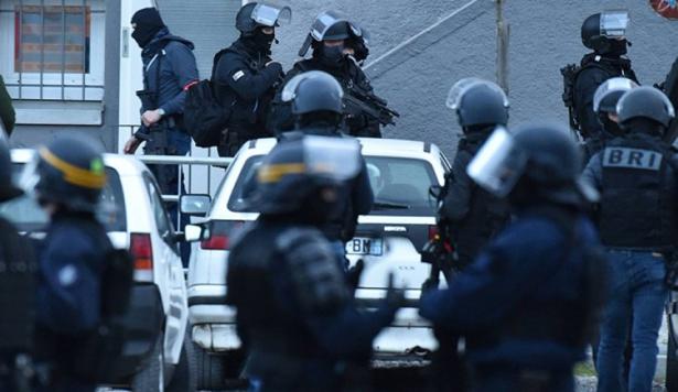 فرنسا..سائق يصيب شخصين بجروح عند دهسه حشدا جنوب البلاد