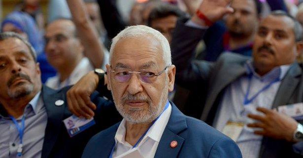 Tunisie: le chef du Parlement Ghannouchi en sit-in devant la chambre