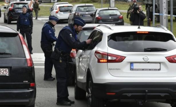Attentats de Bruxelles: les institutions européennes adaptent leurs mesures de sécurité