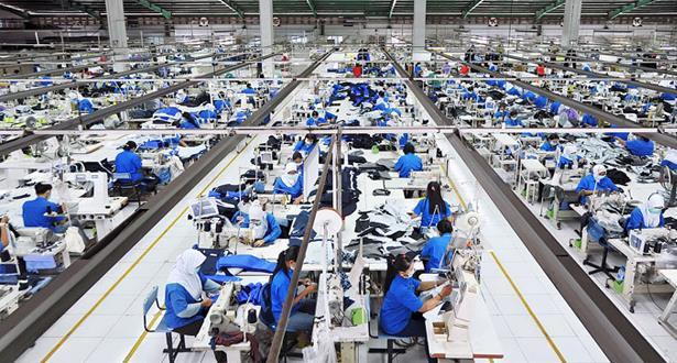 المقاولات والوحدات الإنتاجية مهما كان حجمها وعدد أجرائها غير معنية مباشرة بقرار منع التجمعات