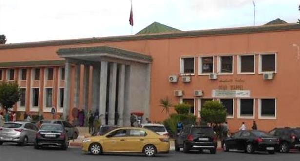 الوكيل العام للملك لدى محكمة الاستئناف بمراكش ينفي إطلاق سراح متهم ضبط بتلقي رشوة