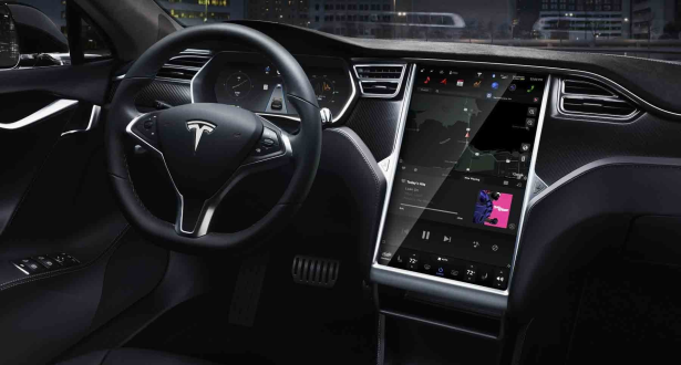 USA: Tesla rappelle 135.000 véhicules électriques