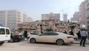Turquie/Grèce: un puissant séisme fait au moins six morts