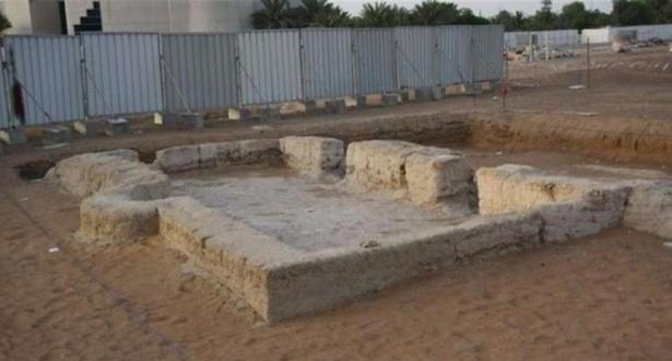 اكتشاف أقدم مسجد في الامارات يعود تاريخه إلى 1000 عام