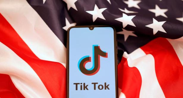 """""""الحكومة الأمريكية تصر على حقها في حظر تطبيق """"تيك توك"""