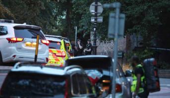 الشرطة البريطانية تعلن مقتل ثلاثة أشخاص طعنا بسكين في ريدينغ