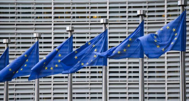 """الاتحاد الأوروبي يطلق منصة """"التصاريح الصحية"""" لتسهيل السفر بين أعضائه"""