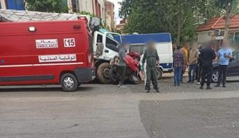الحاجب.. مصرع ستة أشخاص وإصابة اثنين بجروح متفاوتة الخطورة في حادثة سير