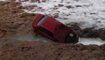 حادثة سير خطيرة على الطريق الساحلية بالرباط
