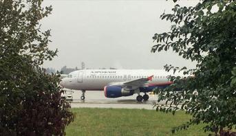 إخلاء طائرة في جنيف عقب تحذير من قنبلة