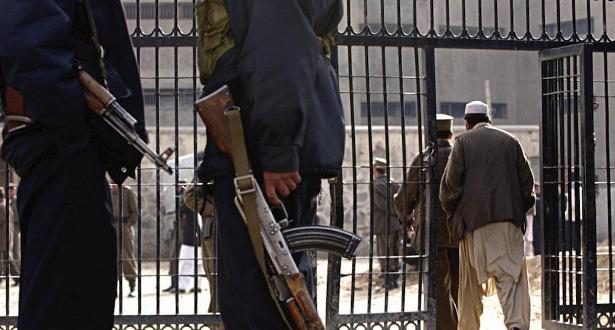 أفغانستان تدرس الإفراج عن السجناء لمنع تفشي فيروس كورونا