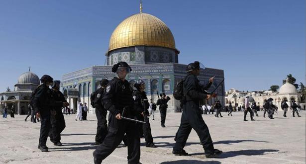 Mosquée Al-Aqsa: des dizaines de Palestiniens blessés dans des attaques de l'armée d'occupation