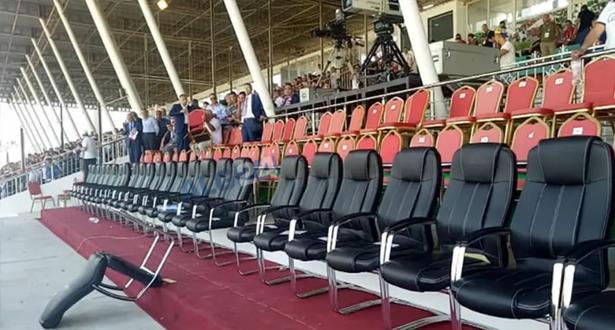 هروب مسؤولين كبار من نهائي كأس الجزائر بسبب الحراك