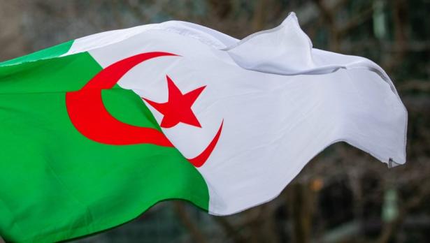 الجزائر .. موجة من الاستنكار والتنديد بالمساس بالحريات
