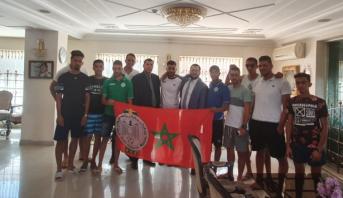 سفارة المغرب بالأردن تتكفل بنقل وإيواء جماهير الرجاء التي تعذر عليها دخول الأراضي الفلسطينية