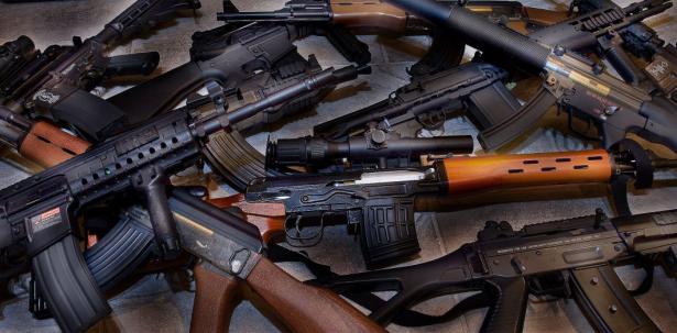 Espagne: saisie de plus de 60 armes à feu et de munitions dans une maison abandonnée