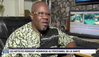 Burkina: les artistes rendent hommage au personnel de la santé