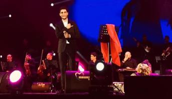 """""""محبوب العرب"""" النجم محمد عساف يحلق بجمهور منصة النهضة في سفر موسيقي حالم"""