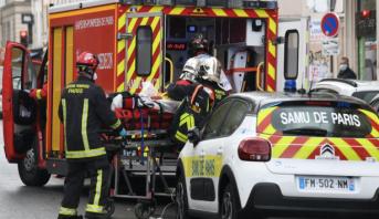 إصابة أربعة أشخاص في باريس إثر عملية طعن قرب مكاتب شارلي إيبدو سابقا