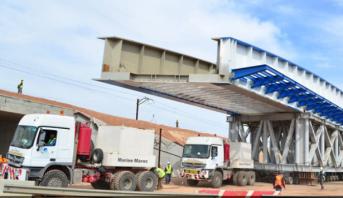 إعادة بناء جسر للسكة الحديدية.. تأثر حركة المرور بين بدال سيدي معروف وبدال مطار محمد الخامس