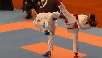 المغربية آية وهرة تتوج بالميدالية الذهبية في بطولة العالم للكراطي للشباب بسانتياغو
