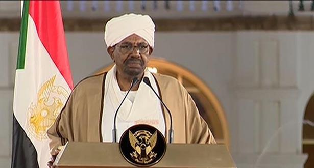 السودان ..البشير يعلن حال الطوارىء لمدة سنة ويحل الحكومة