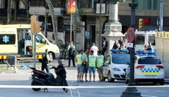 الشرطة الإسبانية تقتل شخصا يحمل حزاما ناسفا قرب برشلونة