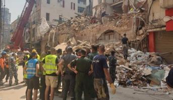انفجار بيروت ..استمرار عمليات البحث عن ناج محتمل تحت أنقاض مبنى
