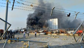 دياب يدعو إلى فتح تحقيق سريع في حريق مرفأ بيروت