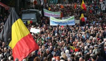 Bruxelles: 3000 personnes ont marché en hommage aux victimes des attentats du 22 mars