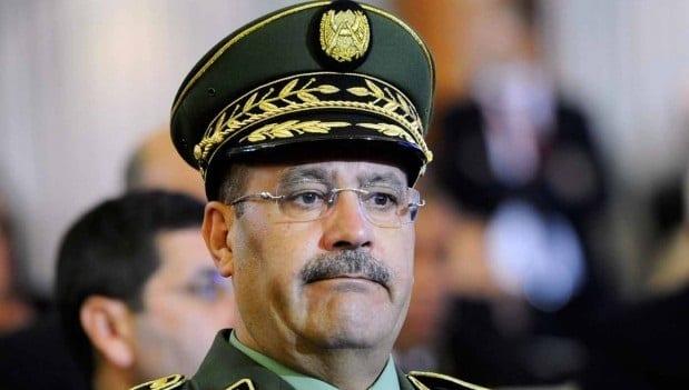 Algérie : Mandat d'arrêt contre le général Belksir