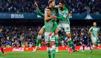 بيتيس يحرم ريال مدريد من البقاء في الصدارة ويسدي خدمة لبرشلونة