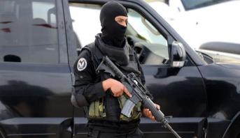 """تونس .. مقتل عنصر إرهابي من قيادات """"كتيبة عقبة ابن نافع"""" وسط غرب البلاد"""