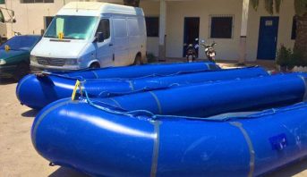 الناظور.. تفكيك ورشة لصناعة القوارب المطاطية التقليدية المستعملة في الهجرة السرية